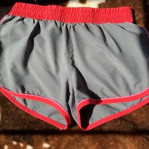 Under Armour heat gear shorts size small